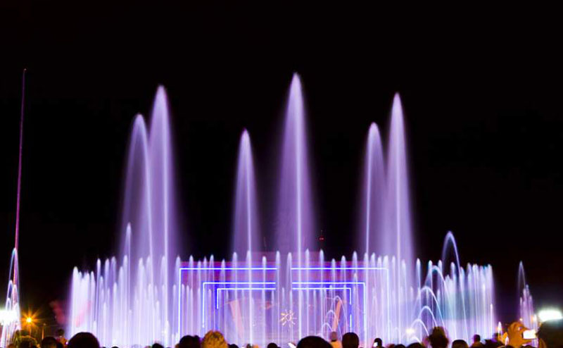 Kyrgyzstan-Musical-Fountain2
